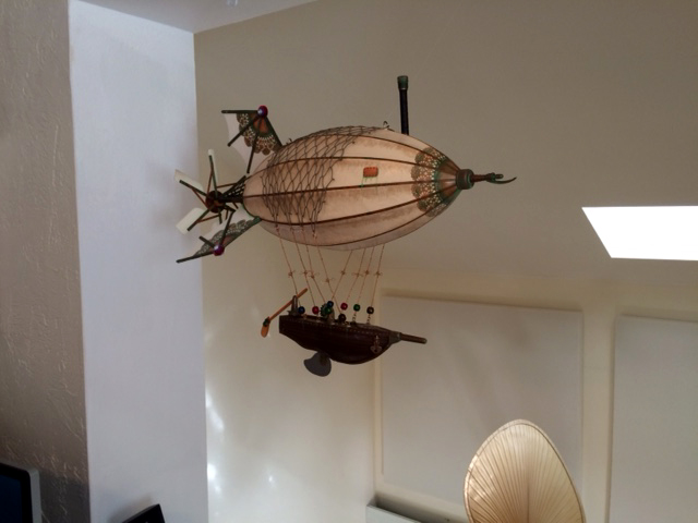 Photo of a steampunk airship by Stephan J Smith of Artsmith Craftworks.